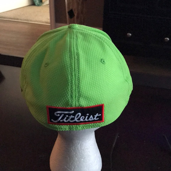 0c80cd8147f New with Tags Titleist golf hat.
